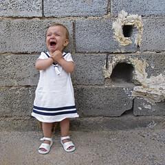 2016.06.27 (maximorgana) Tags: blue baby white girl grey dress maria crying