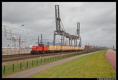 DB Cargo 6427, Waalhaven 25-03-2016 (Henk Zwoferink) Tags: haven hans db cargo po uc henk dbs schenker 6400 planken dbc waalhaven europoort seelze rotterdamse 6427 zwoferink