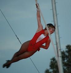 Dancing Girl/Acrobat, Al Kaly/Jordan Circus - Colorado Springs, CO (May 18, 2012) (Brynn Thorssen) Tags: al colorado circus performance may jordan springs co 18 2012 bigtop may18 kaly jordancircus alkalycircus