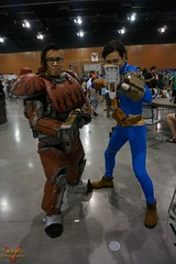 Phoenix Comicon 2016 Cosplay (V Threepio) Tags: costume outfit cosplay posing cosplayer fallout 2016 phoenixcomicon phxcc sonya6000