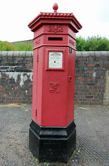 Old and rare Penfold cast iron Royal Mail pillar box. (David Russell UK) Tags: red england black west museum living iron post mail box outdoor country pillar royal cast letter dudley british rare midlands pillarbox penfold