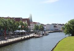 Trave (magro_kr) Tags: lubeka lbeck lubeck luebeck niemcy germany deutschland szlezwikholsztyn holsztyn schleswigholstein holstein trave rzeka woda river water