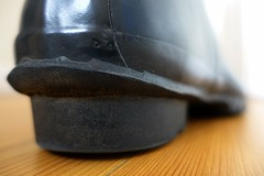 Thursday morning in black Hunters (essex_mud_explorer) Tags: black vintage boots gates rubber wellington hunter wellingtonboots welly wellies rubberboots rainwear gummistiefel wellingtons bottes gumboots rainboots madeinscotland rubberlaarzen hunterboots hunterwellingtonboots hunterrainboots