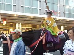 Gion matsuri festival at Kyoto city in Japan, 2016: 祇園祭、京都、2016年 (Nullumayulife) Tags: city horse woman festival japan kid kyoto child 京都 日本 祇園 gion matsuri 馬 女 子供 2016 祭り 祇園祭 年 2016年