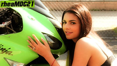 The Gorgeous & The NINJA Sportbike (Marknowhereman) Tags: sexy green girl photo team model shoot ninja gorgeous super bikini sportbike kawasaki zx6r 636 kawi marknowhereman rheamdc21