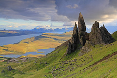 Bodach an Stoir, Trotternish, Isle of Skye. (Gordie Broon.) Tags: mountains nature clouds landscape geotagged scotland scenery isleofskye alba scenic escocia september portree pinnacle schottland ecosse trotternish scozia scottishhighlands westernhighlands theoldmanofstorr thestorr lochleathan 2013 canon24105l isleofraasay scottishwesternhighlands gordiebroonphotography bodachanstoir canoneos5dmklll distantcuillin