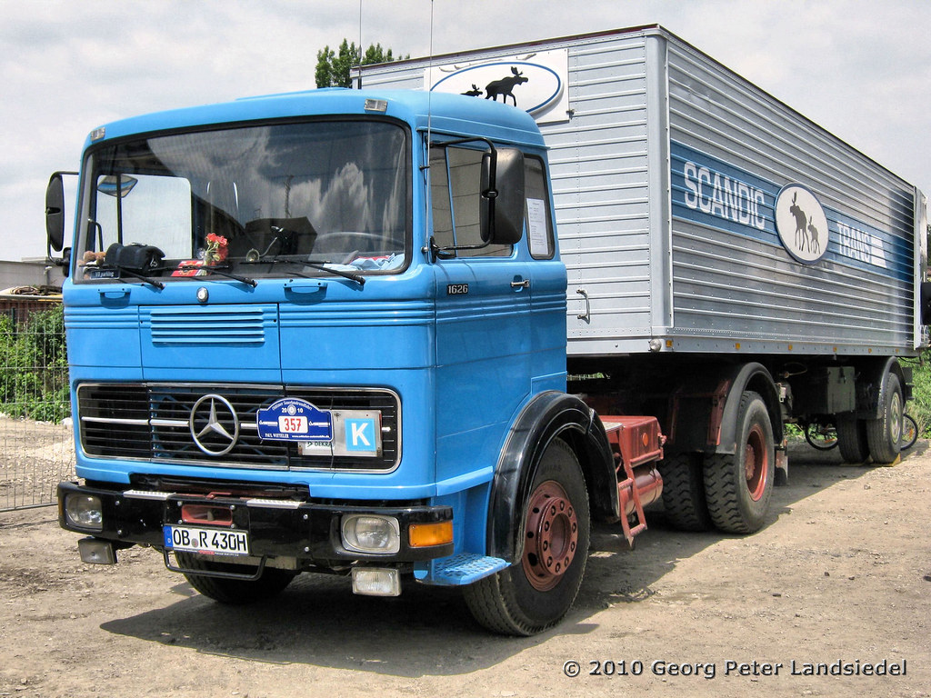 The world 39 s best photos of mercedes and sattelzug flickr for Old mercedes benz trucks