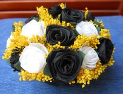 composizione floreale bianco e nero