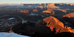 Dawn breaks at  Deadhorse Point (moment's notice) Tags: dawn utah deadhorsepoint coloradoriver