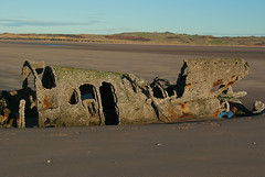 x-craft wreck (Sandy Beach Cat) Tags: sea sky beach water sand pentax submarine ww2 wreck defence defences weapons worldwar2 lothian eastlothian aberlady xcraft k10d pentaxk10d