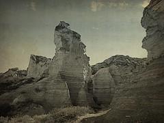 Kansas badlands #20 (jimsawthat) Tags: rural erosion limestone kansas enhanced quinter highplains chalkpyramids vision:mountain=0793 vision:sky=0714 vision:clouds=0934 vision:outdoor=0931
