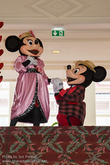 DLP Feb 2014 - Valentine's Day Magical Moment (PeterPanFan) Tags: travel winter vacation france canon holidays europe character disney mickeymouse valentines characters hotels february minniemouse feb valentinesday disneylandparis dlp 2014 disneylandresortparis disneylandhotel disneycharacters disneycharacter marnelavallée magicalmoment mickeyfriends disneyparks canoneos5dmarkiii valentinesmagicalmoment seasonsholidaysandevents valentinesdaymagicalmoment