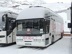 DSCN0385 Red Rose Travel, Oswaldtwistle N30 PLN (Skillsbus) Tags: england france buses redrose valthorens coaches starliner neoplan parrys n30pln w909mdt