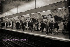 Mtro Chatelet   Ligne 7 RATP   PARIS 1e / 4e (Elisabeth de Ru) Tags: paris france mtro parijs ratp parys  parisi   pariz   elisabethderu 2015 camerasony300 elisabethderu ligne7 dirlacourneuve