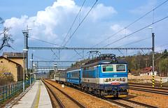 D 242 211 (maurizio messa) Tags: railroad railway trains czechrepublic bahn mau 242 ferrovia treni koda repubblicaceca eskrepublika d s49902 nikond7100