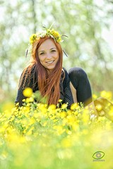 Agata (gienekwichura) Tags: green smile yellow spring bokeh rude marigolds agata maj ruda wiosna majwka umiech wianek bokehlicious bokehaddicts zakolanwki kacze