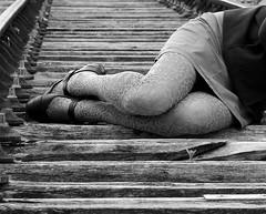 Le paysage de la femme (Et si, et si ...) Tags: monochrome anne femme rail jambes pontdupo ouianneesttoujoursvivante ouicestunevoiedsaffecte