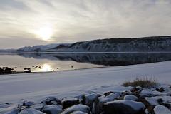 Tyynt - Calm (ikithule) Tags: winter sun mountain water clouds landscape talvi maisema vesi pilvet aurinko vuori