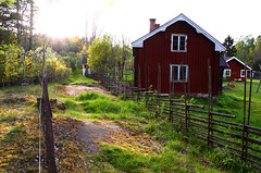 Countryside (varmfront.se) Tags: house springtime stuga vår landet roslagen gärdesgård