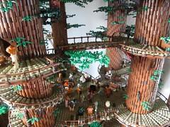 Ewokdorf - Dorfplatz 03 (KW_Vauban) Tags: starwars lego endor ewokvillage episodevi thereturnofthejedi