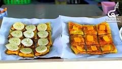 วันนี้แนะนำให้ทานโรตีนมสดกัน...ดังเดิมโรตีเป็นขนมปังของชาวฮินดู เดิมเรียกว่า โรตีทันดูรี (Tandoori Roti) หรือขนมปังที่อบในหม้อดินเหนียวที่เรียกว่า ทันดูร์ (Tandoor) แวะมาชิมกันได้ ร้านโรตี บริเวณ ลานพระพิฆเนศ ตลาดน้ำ 4 ภาค (พัทยา) เปิดให้บริการทุกวันจนถึง