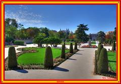 Buen Retiro Park, Madrid (vicbrasil) Tags: barcelona madrid people men children spain women bilbao zaragoza santiagodecompostela montserrat oviedo sansebastian pamplona santillanadelmar