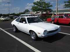 Quakertown Lowes 6/25 2016 (Speeder1) Tags: show blue red white green ford car pa chevy 1957 mopar lowes 57 scamp oldsmobile pinto 309 quakertown 442