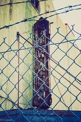 HOWARD (RGL_Photography) Tags: washington lomography districtofcolumbia rust unitedstates rusty signage vintagesigns nationalregisterofhistoricplaces signporn howardtheatre rustporn