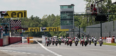 MiTo and Superbike - Monza 2013 (Alfa Romeo - The official Flickr) Tags: g file alfa portfolio infront photozac sbk2013 sbk2013file monza120513 0617r04sbkstartjpg