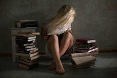 Searching for knowledge (Lotte Hansen) Tags: selfportrait norway canon reading room fineart inspired books norwegian indoors missaniela lottehansen brookeshaden lottehansenphotography