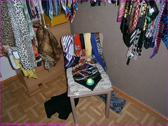 015TC_Scarves_Bondage_Fun_(2)_Sep10,2013_2560x1920_9100385_sizedFlickR (terence14141414) Tags: scarf fun chair silk bondage rope gag foulard soie gagging nylonrope esarp