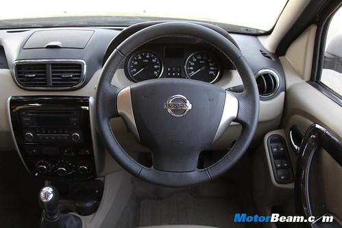 2013-Nissan-Terrano-37