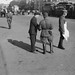 Politi eller militære på 25 Oktober Prospekt i Leningrad (1935)
