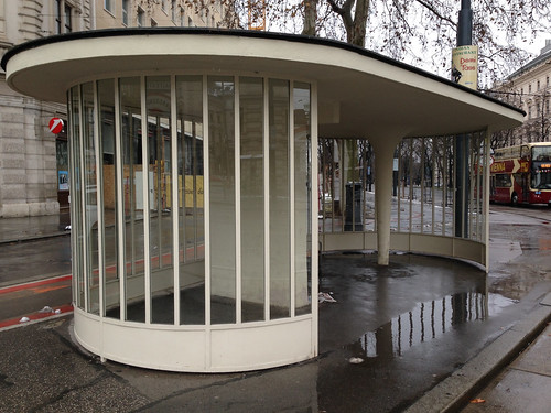 Tram Shelter - Ringstrasse at Schwarzenbergplatz - Jan 2015 - 4