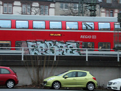 Erbse. (universaldilletant) Tags: train graffiti frankfurt zug erbse