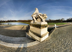 Chteau de Chantilly - 01-01-2015 - 15h50 (Panoramas) Tags: blue winter sky panorama france castle statue hiver tony bleu ciel nol chteau hdr ptassembler chantilly panotools 1882 molire chteaudechantilly multiblend