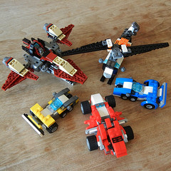 DSCN6367 (alfa145q_lego) Tags: robot lego mecha rebuild alternate 31034 31033 31032 legocreator vehicletransporter redcreatures futureflyers