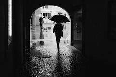 Rainy City (Markus Fischer [meQ]) Tags: street urban rain umbrella schweiz switzerland fuji swiss streetphotography aarau fujifilm passage aargau fujix vsco vscocam x100t