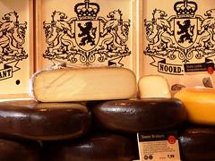 Cheese (STEHOUWER AND RECIO) Tags: food netherlands dutch cheese yummy delicious queso queijo denbosch kse brabant lekker eten hollands formaggio bonappetit kaas keso nutricious eetsmakelijk nederlandse voedsel hollandse nutricion soete kainna soetebrabant enjoyyouremeal