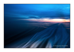 Cyclade sunset (Kriss on flickr) Tags: longexposure sunset boat cruising bateau ferries paros grece expositionlongue longexposureshot nikkor2470f28 nikond800