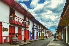 . @Regrann from @mikehamir - Calles de mi pas  #salento #quindio #Colombia #Architecture #Ig_Colombia #Colombia_Folklore #Icu_Colombia #igerscolombia #Nature #PicOfTheDay #balcony #EnMiColombia #ig_santanderes #igworldclub #igers #igersla #Colonial #Hist (EnMiColombia.com) Tags: from windows sun mountains history nature beautiful architecture clouds mi de landscape colombia foto balcony colonial salento hdr cloudporn calles picoftheday quindio pas niceday nicepic onlyfacades colombiafolklore igers colombiatierraquerida igerscolombia igersla igworldclub igcolombia igsantanderes regrann icucolombia mikehamir