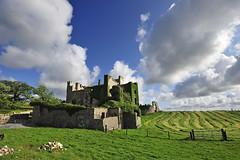 Clifden Castle (Manolo Blanco) Tags: irlanda ireland galway clifden castle connemara harbour sky road boat club