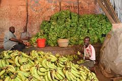 UNSOS-11 (AMISOM Public Information) Tags: africa prayer praying markets mosque bananas ramadan somalia koran mogadishu holymonth auunist