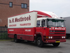DAF 1900 Turbo Intercooler Fa. R, Westbroek in Mill 12-06-2016 (marcelwijers) Tags: holland mill netherlands truck transport nederland plate turbo camion r 1900 license nl bas pays fa intercooler vrachtwagen niederlande licenses noord daf the lkw hollande driebergen duch kenteken brbant westbroek vrachtauto verhuizingen motorwagen intercooling bakwagen transporten kenzeichen verhuiswgen 12062016 wegreansport vn47ty