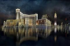 Luci (Zz manipulation) Tags: city art luci riflessi notte ambrosioni zzmanipulation