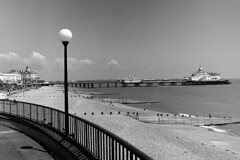 Eastbourne01_20160608 (Animalcito) Tags: delta 11 eastbourne 100 ricoh xtol rikenon kr10x 3570mm3445