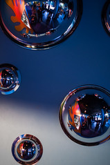 Half Sphere Mirrors (MikeCnj) Tags: abstract aquarium nikon bubbles sphere bubble spheres camdenaquarium 35mmf18 d5000