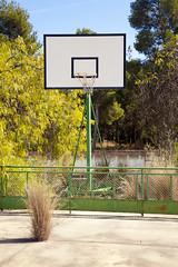IMG_19_RM (Hctor Juan) Tags: old trees abandoned basketball hoop court basket dirty forgotten deserted hamper