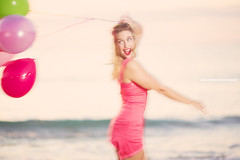 Jennifer-Ashley (mark_stevo) Tags: portrait beach balloons model strobist