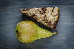 Schoko-Birnenkuchen (ladema) Tags: cake pear schokolade chocolat gateau kuchen poire pera foodphotography birnen nikkor105mmf28gvrmicro bettybossi chocolada ciocalatta